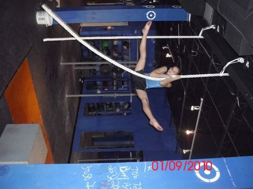Lin rope straddle 1