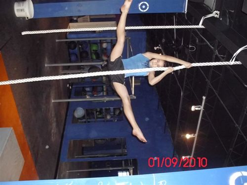 Lin rope straddle 2